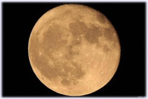 月齢16.0