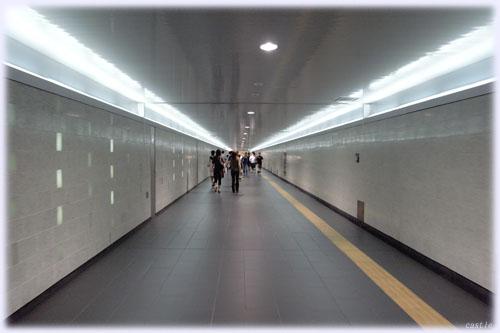 中華街へ向かう通路