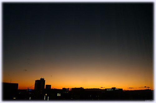 新横浜の夕焼け