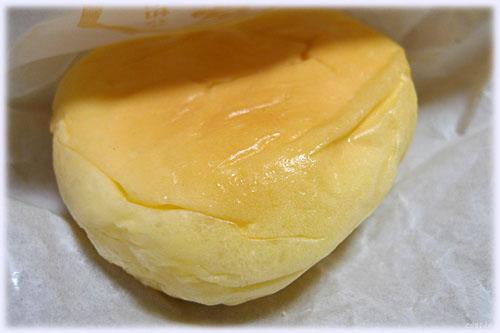 とろけるクリームパン@八天堂