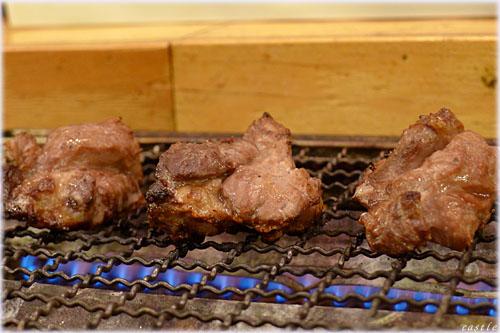 マグロ頬肉