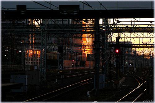 夕暮れ線路