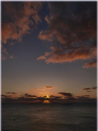 ウェザーステーションから夕陽