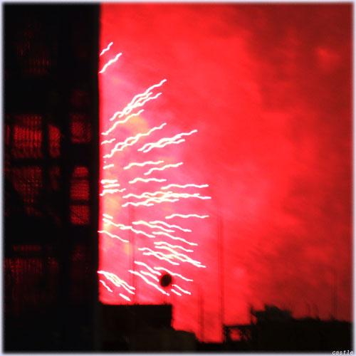 築地の花火